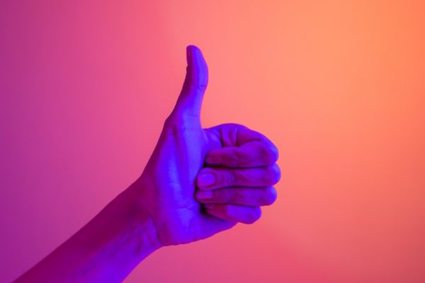 persons-hand-doing-thumbs-up-4629633